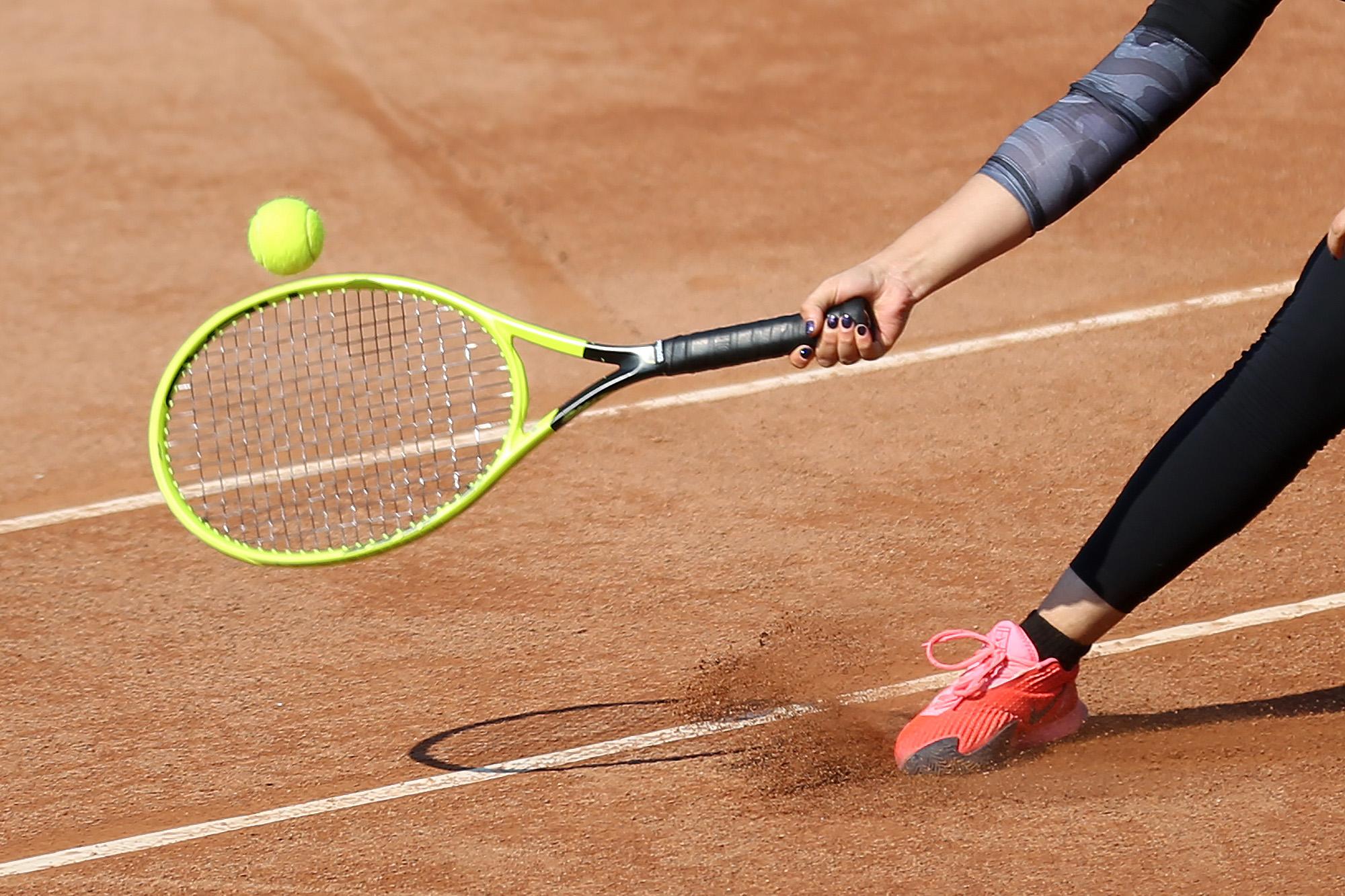 رقابت ۵۶ تنیسور در مسابقات بین المللی تنیس جوانان در کیش