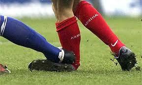 داوران کیش با راههای پیشگیری از آسیب های ورزش فوتبال آشنا  شدند